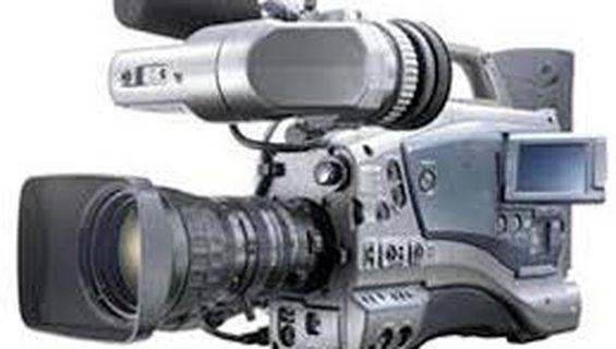 Трета раменна камера JVC GY-DV 5001 L16.