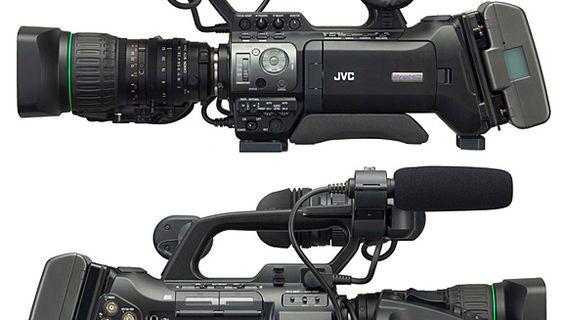 Нова камера JVC GY-HM750E.