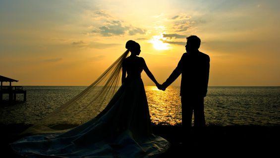 Сватбеното видеозаснемане празнува 7 години.